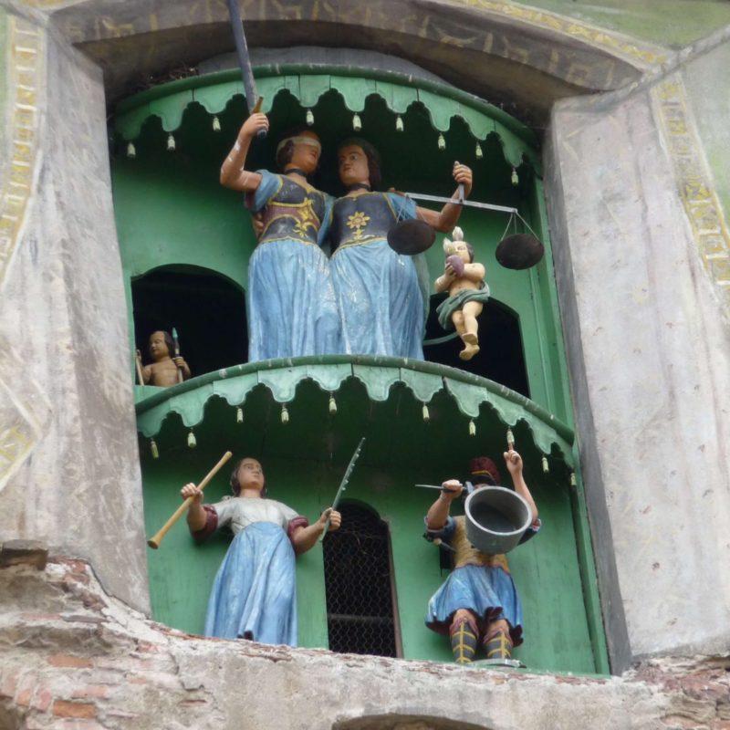 Venesis House - Cazare Sighisoara - Turnul cu Ceas - Papusiile si Ceasul